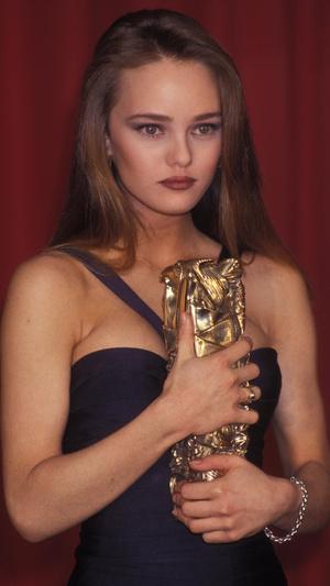 Фото №14 - Тогда и сейчас: как сегодня выглядят самые красивые французские актрисы
