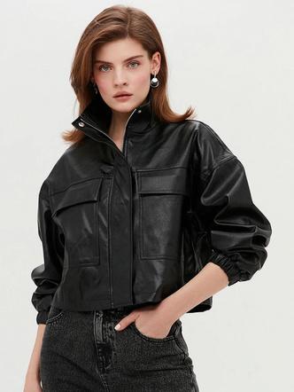 Фото №6 - Тренды 2021: какие куртки-бомберы сейчас в моде и какую лучше выбрать