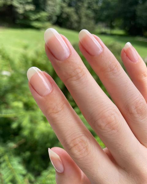 Фото №1 - Как отрастить длинные ногти