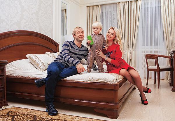 Евгений Плющенко Яна Рудковская семья фото