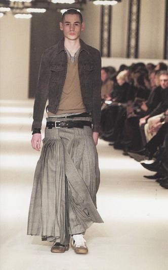 Фото №5 - Мода без пола: почему мужчины в платьях— это нормально