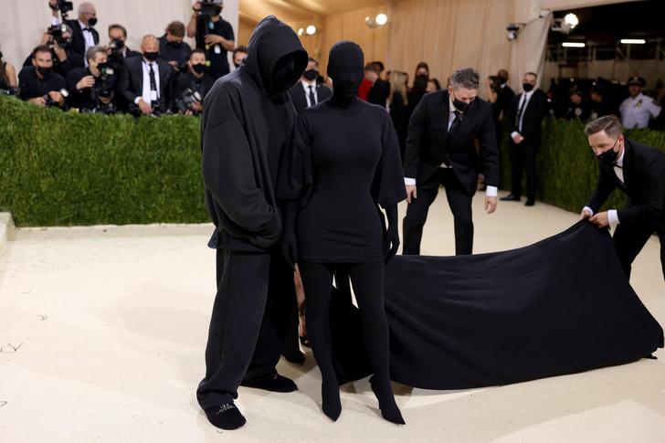 Фото №3 - Что на самом деле значит образ Ким Кардашьян для Met Gala 2021