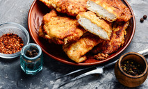 Куриное филе в кляре с сыром
