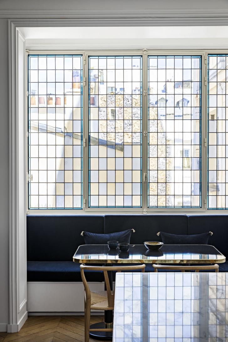 Фото №5 - Квартира с золотыми акцентами в Париже
