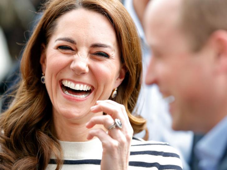 Фото №3 - Улыбчивая герцогиня: 10 самых веселых моментов Кейт за всю ее королевскую жизнь