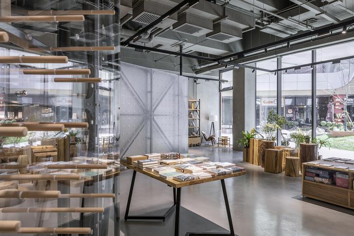 Фото №4 - Концептуальный книжный магазин Mumokuteki в Пекине