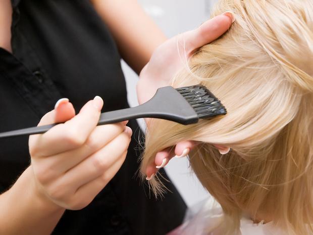 Фото №2 - Что нужно знать, если вы решили перекраситься из черного в блонд: вопросы и ответы