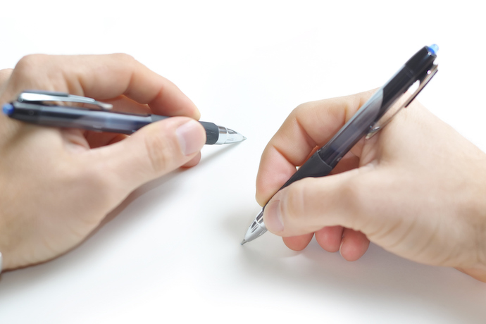 Writing with two hands: practice to move towards your dream