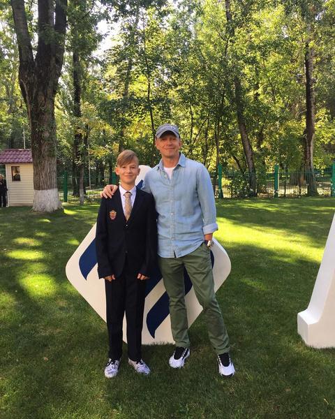 Антон Комолов, личная жизнь, сын, дети, инстаграм, фото, семья