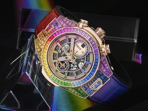 Фото №1 - Радужная новинка: Hublot представил часы Big Bang Unico Full Baguette Rainbow