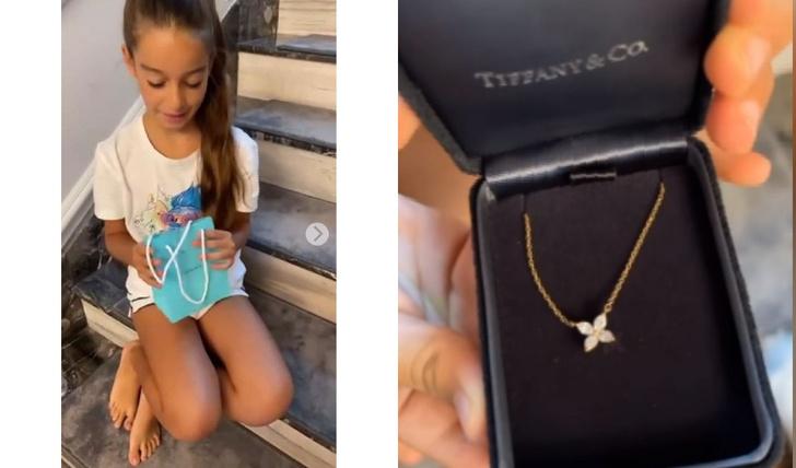 Ксения Бородина подарила 12-летней дочери украшение за полмиллиона рублей