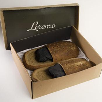 Фото №5 - Оригинальная обувь из хлеба