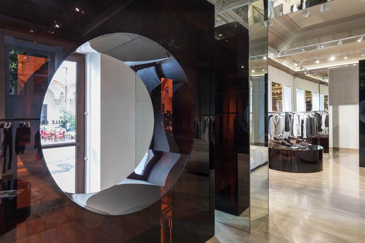 Фото №7 - Бутик Salle Privée в Милане по дизайну Сабин Марселис