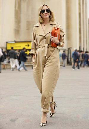 Фото №11 - Как одеваться девушкам с широкими бедрами: 7 главных секретов