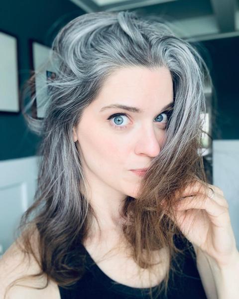 Фото №6 - Ранняя седина: почему волосы могут поседеть в любом возрасте