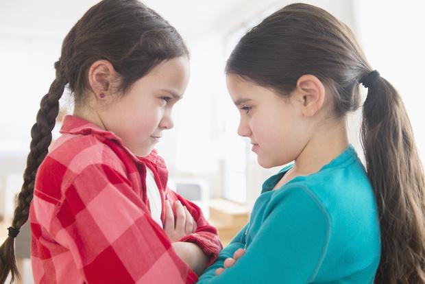 Фото №1 - Детские ссоры: правила игры