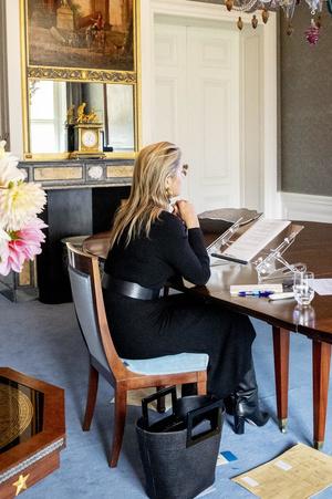 Королева Нидерландов в платье, которое стройнит без диет