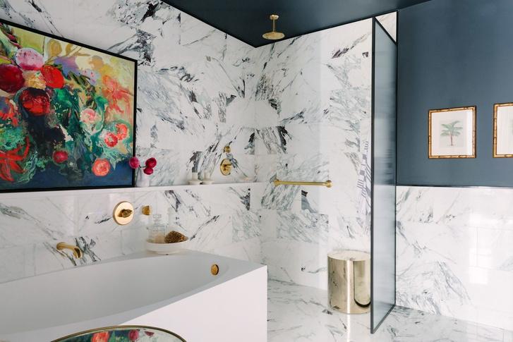 Фото №4 - Как обновить ванную комнату без ремонта: 5 идей