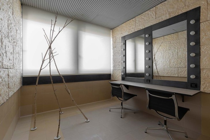 Фото №3 - 17 архитектурных бюро переосмыслили гримерки Театра Арчимбольди в Милане