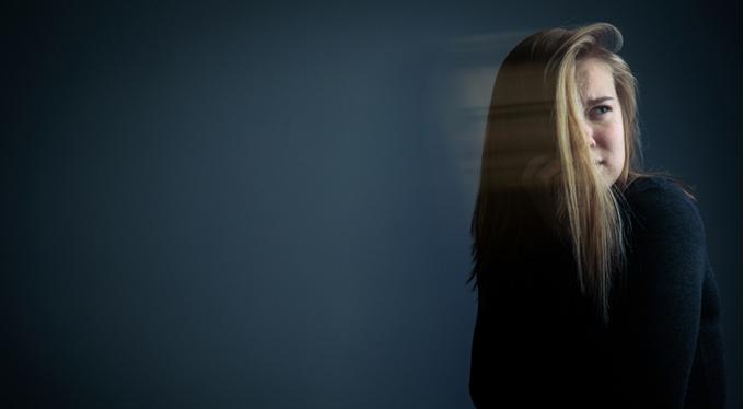 Депрессия у подростка: диагностика по пряди волос