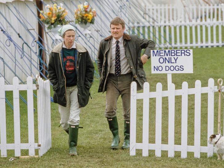Фото №11 - Любимый бренд королевской семьи: как Виндзоры носят резиновые сапоги Hunter