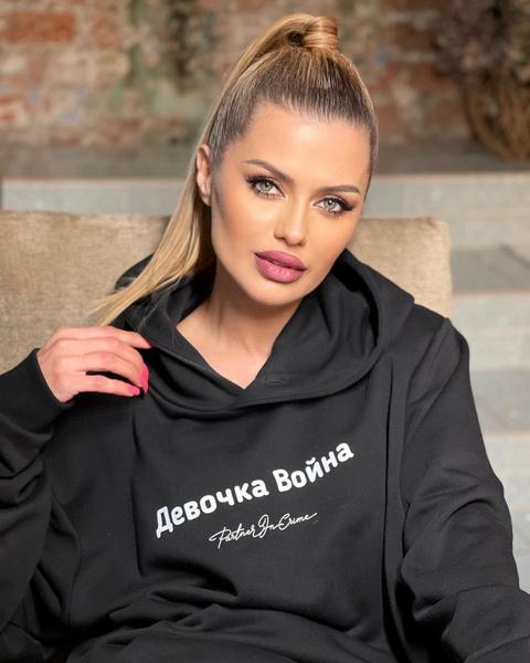 Фото №1 - «Брак будет трещать по швам»: почему Боня скандалит с женой Кокорина