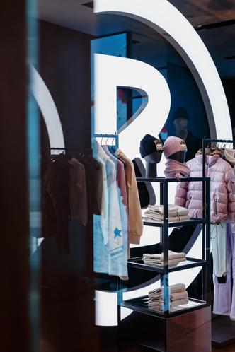 Фото №2 - Точка шопинга: Bogner открыл новый pop-up бутик