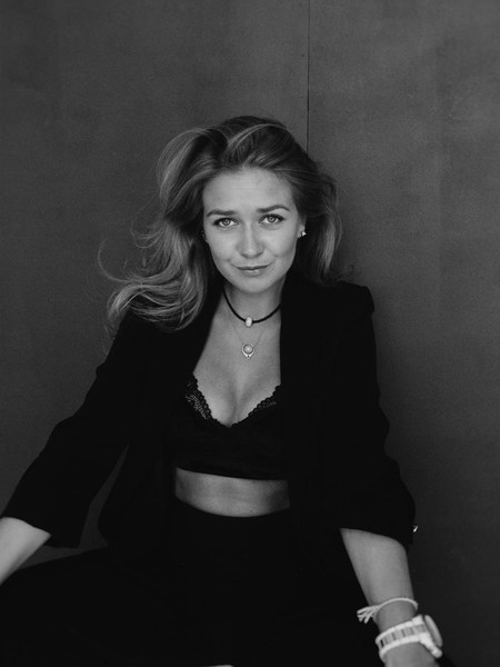 Анастасия Калашникова, актеры Триады