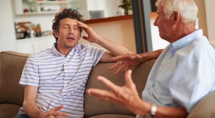 Родители, которые причиняют нам боль: как с ними общаться?