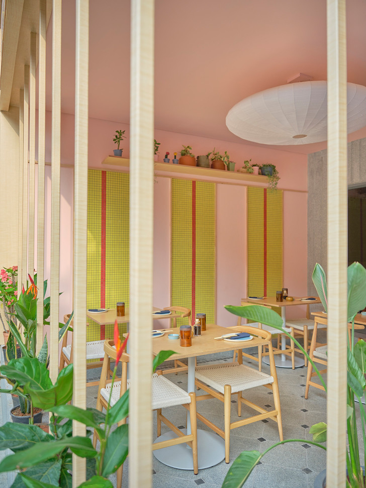 Фото №4 - Экологичный ресторан Lucky Chan в Индии