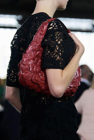 Фото №5 - Самые модные сумки весны и лета 2021
