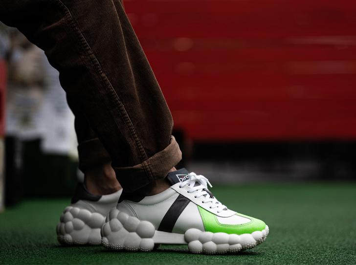 Фото №2 - Топ-5 кроссовок из переработанных материалов