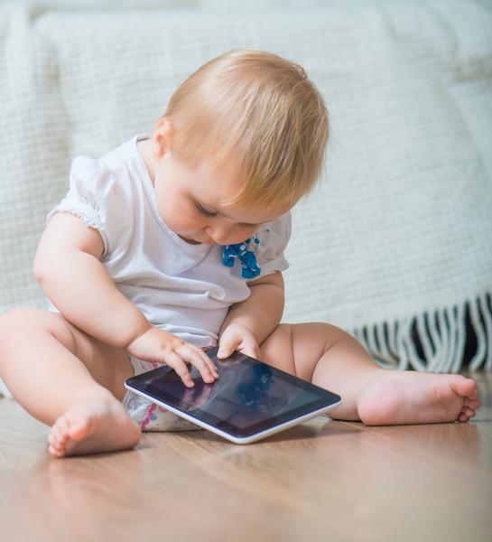 игра для ребенка на планшете