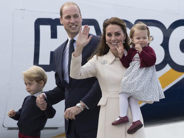 Фото №1 - Строгое королевское правило, которые неоднократно нарушали Кейт и Уильям