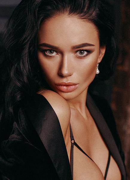Фото №1 - Яна Кошкина рассказала, что ее привлекает в мужчинах