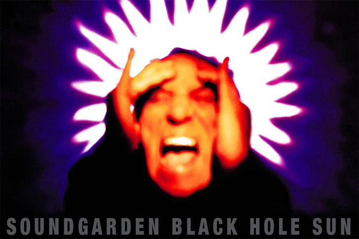 Фото №1 - История одной песни: «Black Hole Sun» Soundgarden, 1994