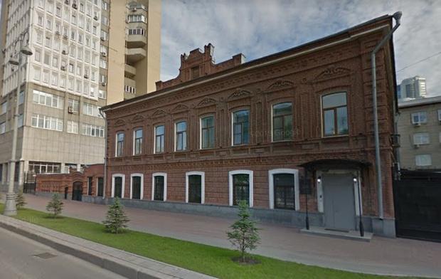 Фото №1 - В Екатеринбурге восстановят здание-памятник, в котором было управление НКВД