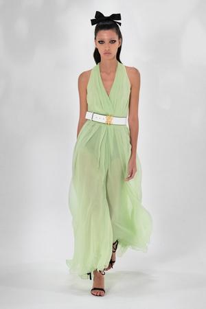 Фото №36 - Полный гид по самым модным платьям для весны и лета 2021
