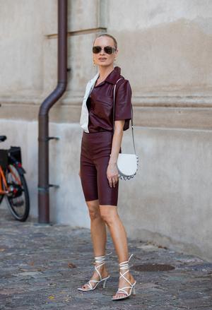 Фото №45 - Самые модные босоножки и сандалии лета 2021