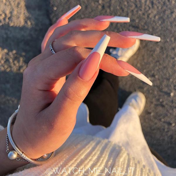 Фото №10 - Балерина: самая модная форма ногтей 2021🩰
