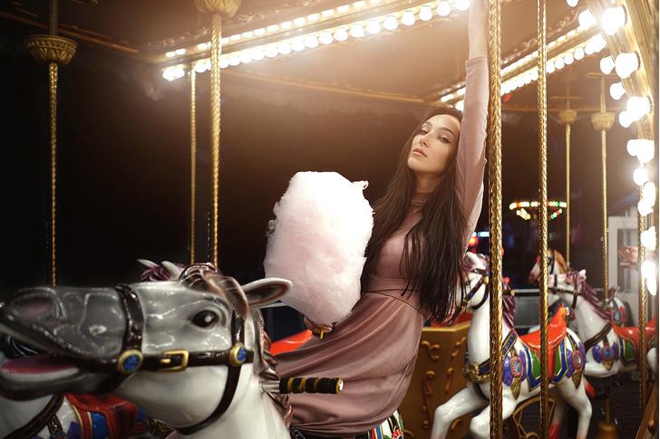 Фото №7 - Принцессы цирка: классификация девушек по фокусам, которых от них можно ждать