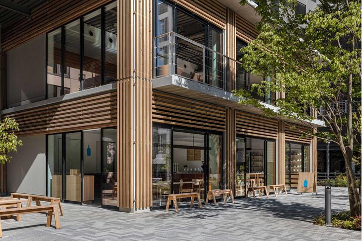 Фото №1 - Минималистское кафе в Токио по проекту Кэйдзи Асизавы