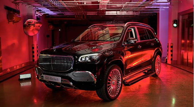 Эксклюзивный предпоказ нового Mercedes-Maybach GLS в России