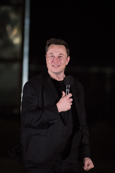 Фото №1 - Илон Маск признался, что страдает от психического расстройства