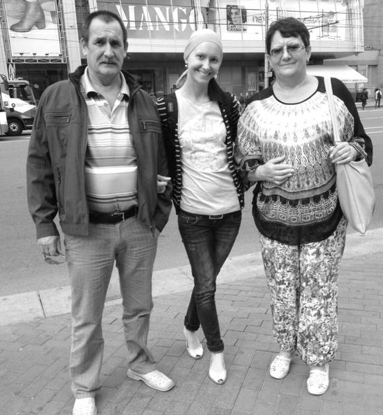 Фото №5 - Реальная история: «В 30 лет мне диагностировали рак груди. Параллельно с лечением я занялась кроссфитом и получила диплом тренера по бодибилдингу»