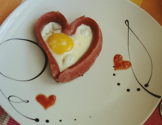 Яйца сосиски пюре