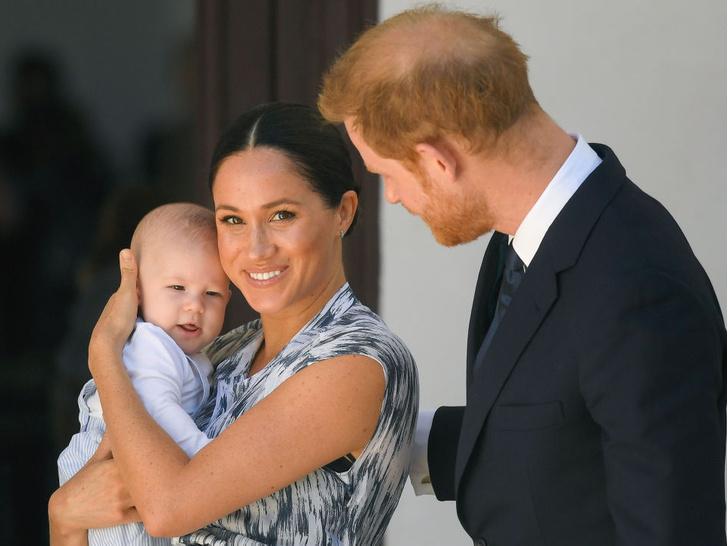 Фото №2 - Дебют на публике: какими были первые слова королевских малышей