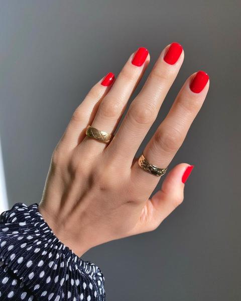 Фото №9 - Летний маникюр 2021: самые трендовые идеи для ногтей любой длины