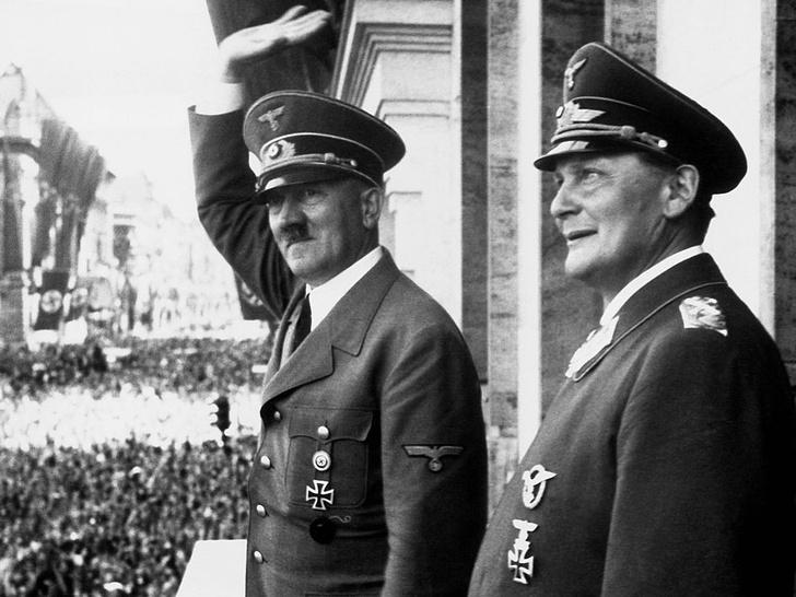 Фото №2 - Грехи отцов: как сложились судьбы детей диктаторов XX века
