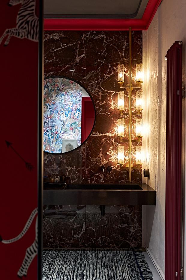 Фото №10 - Электрический ультрамарин: загородный дом для ценителя искусства